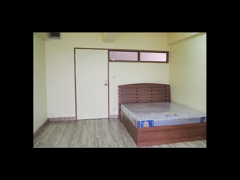 condominium-for-rent-sailom-condotel