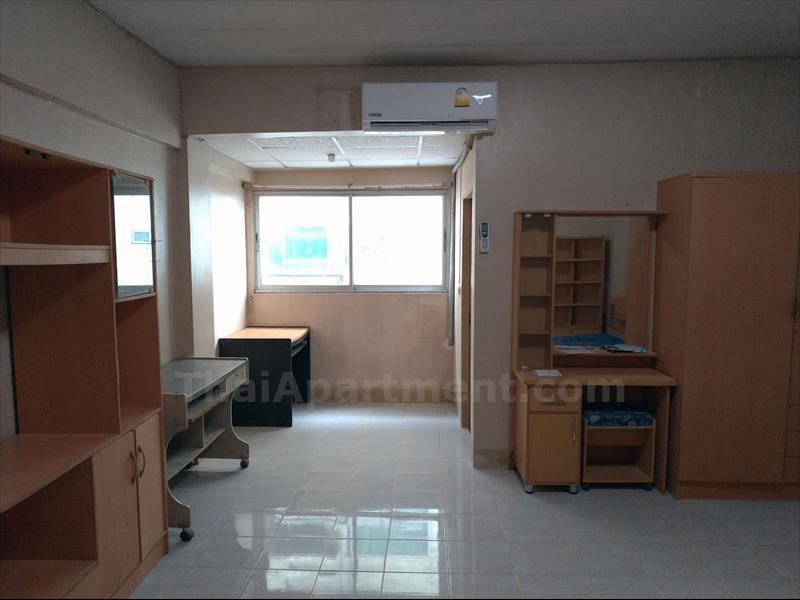 condominium-for-rent-j-w-place
