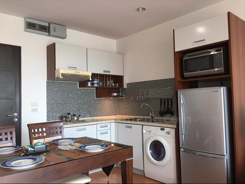 condominium-for-rent-the-light-lad-phrao