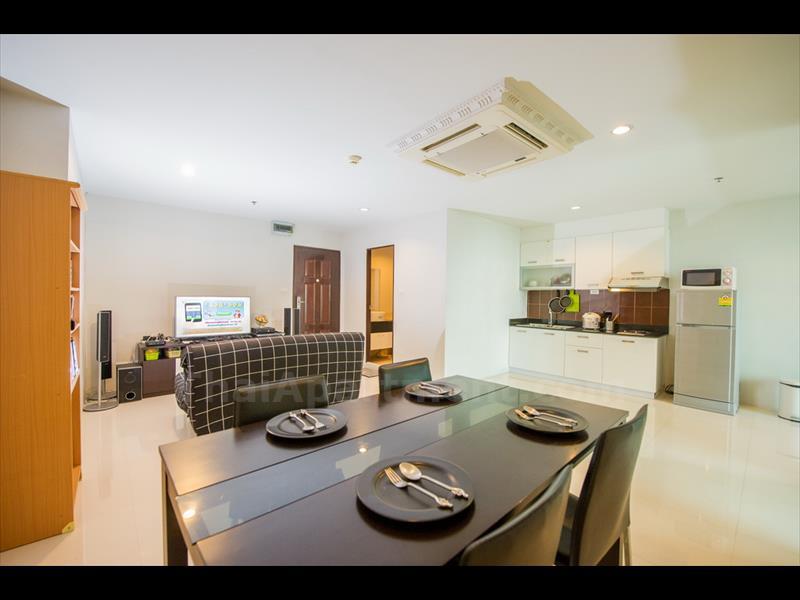 condominium-for-rent-sukhumvit-living-town