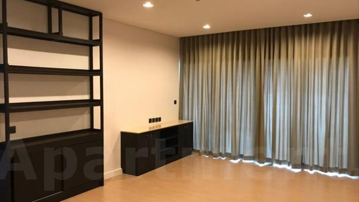 condominium-for-rent-the-room-charoenkrung-30
