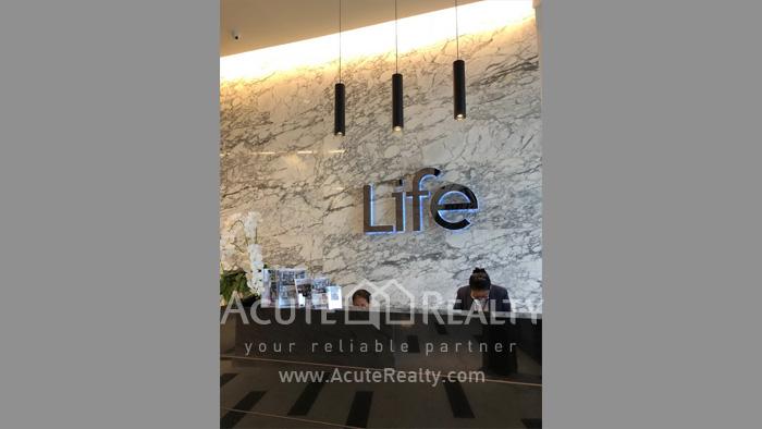 condominium-for-rent-life-asoke