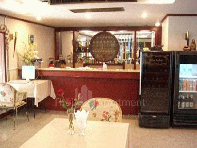 Montira Apartment image 2