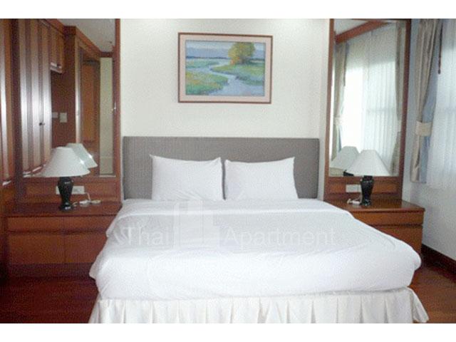 Montira Apartment image 8