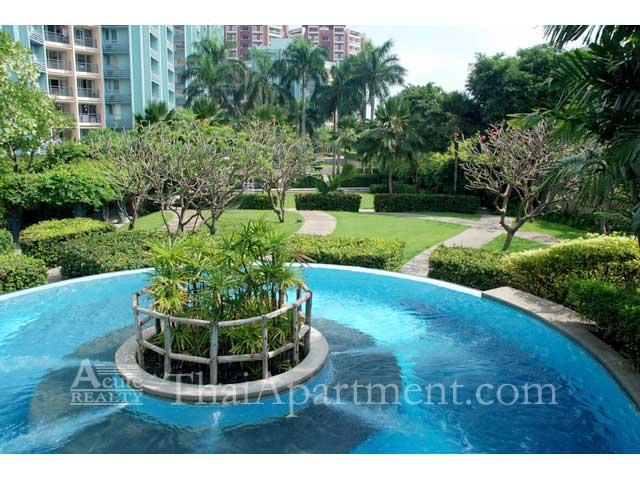 Bangkok Garden image 9