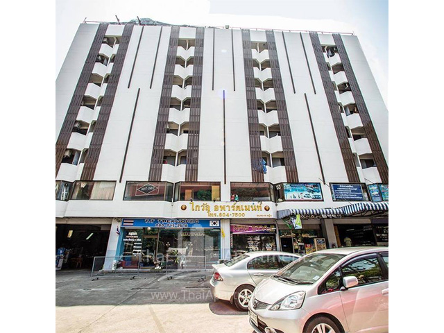 Kaiwan Apartment image 2