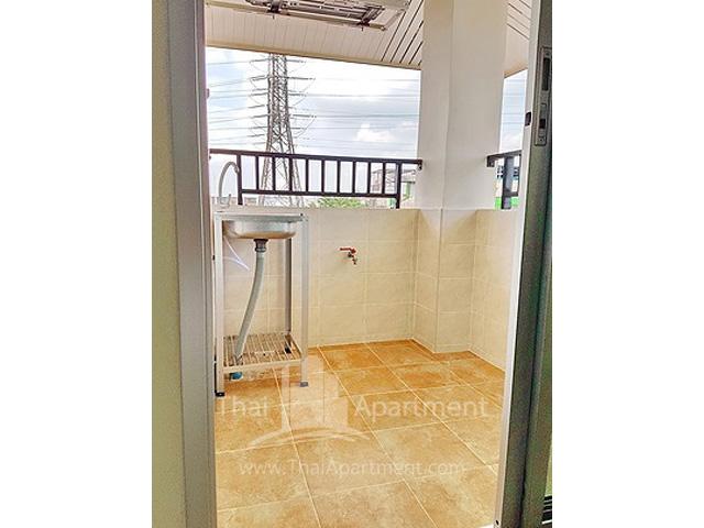 Jongwit Apartment image 6