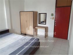 593 Apartment image 1