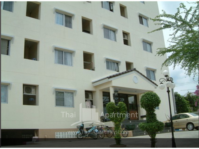 Bunluesook Apartment image 4