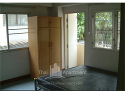 Bunluesook Apartment image 1