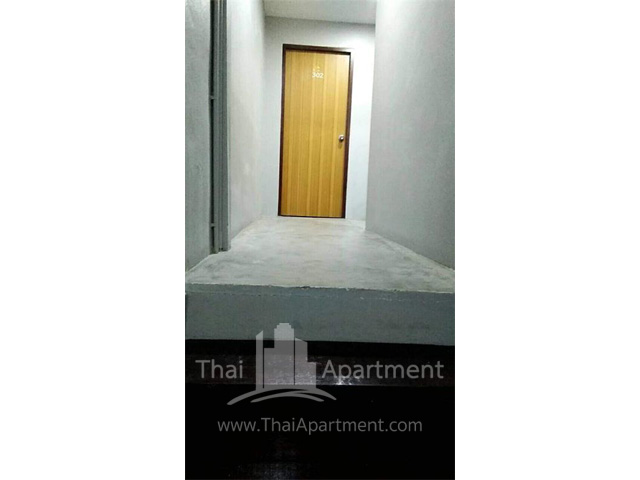 Tadaphong House image 5