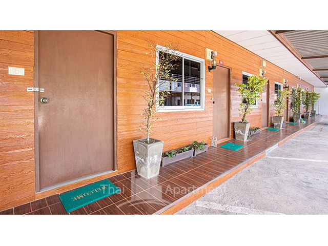 LeeLawadee Apartment image 18
