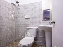 LeeLawadee Apartment image 8