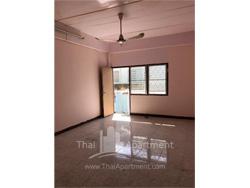 Visut Apartment image 5