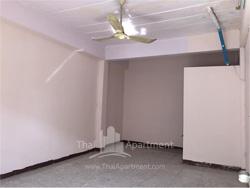 Visut Apartment image 6