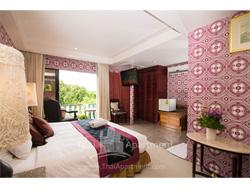 Diamond City Hotel image 3