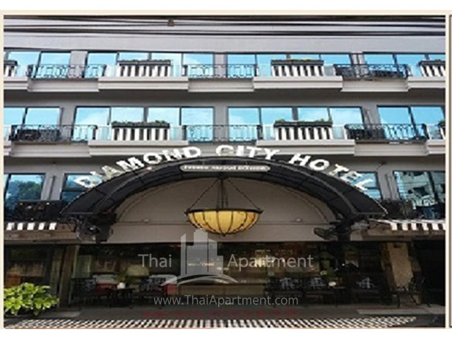 Diamond City Hotel image 1