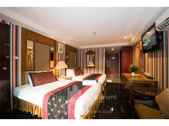 Diamond City Hotel image 2