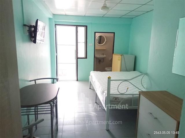 Srisamosorn Apartment image 2