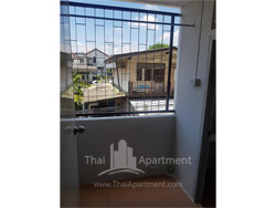 Kawisara Apartment image 5