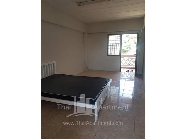Kawisara Apartment image 3