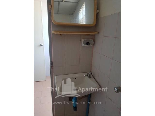 Kawisara Apartment image 6