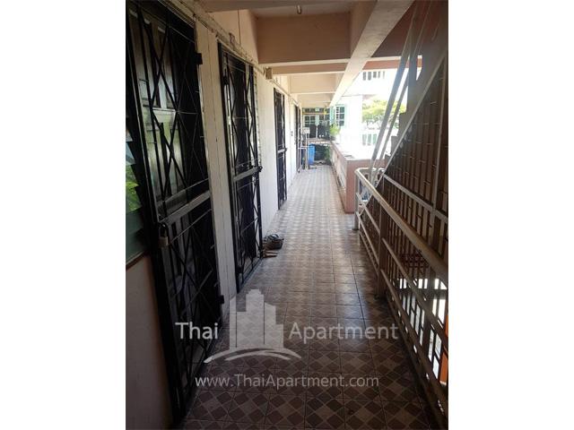 Kawisara Apartment image 7