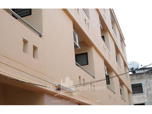 Baan Heng Apartment Silom 13 image 2