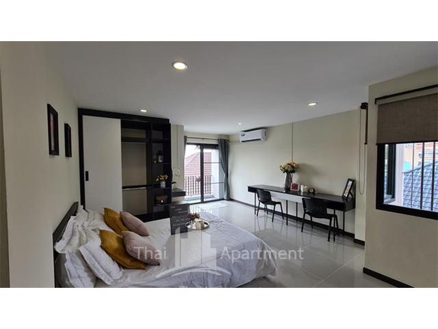 The Liang Residence image 2