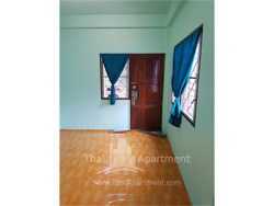 Room for rent  image 3