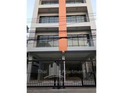 Room fer rent on dindaeng-ratchada rd. image 5