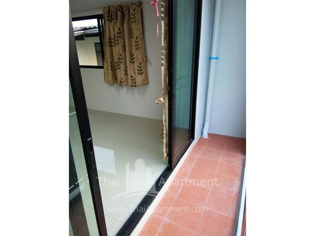 Room fer rent on dindaeng-ratchada rd. image 3