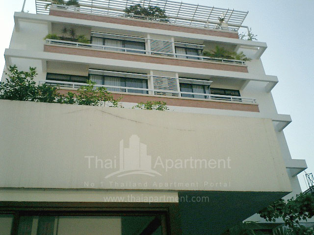 Neo Aree Apartment image 2