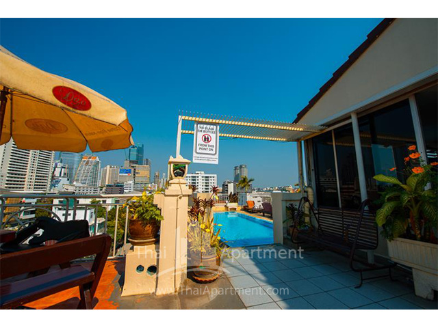 Sathorn Saint View Serviced Apartment image 2
