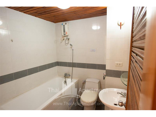 Sathorn Saint View Serviced Apartment image 6