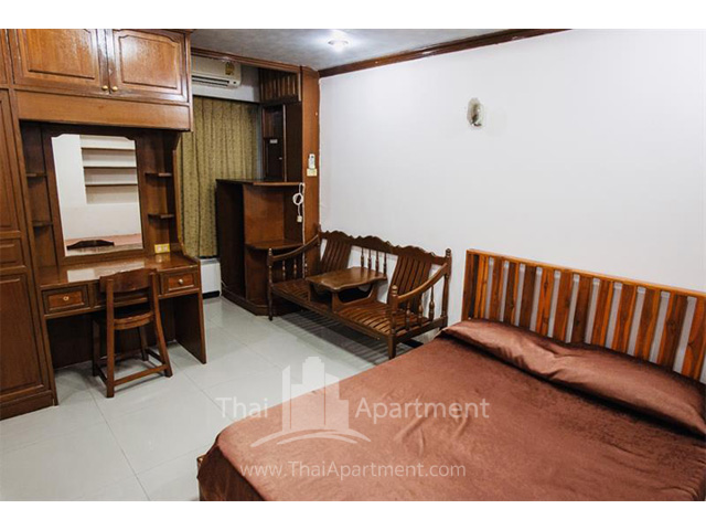 Sathorn Saint View Serviced Apartment image 11