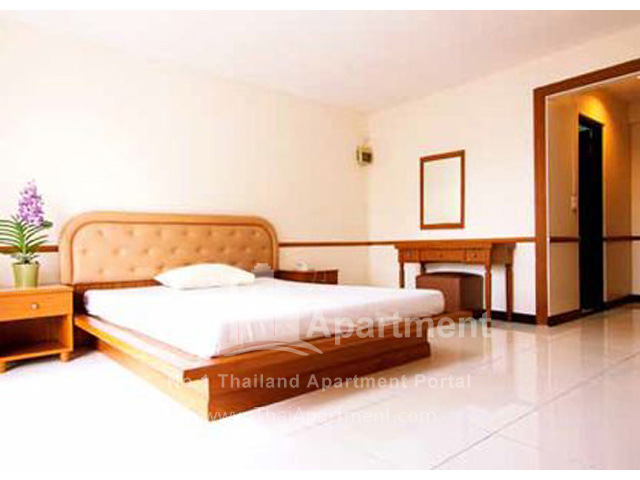 Sailom Apartment image 11