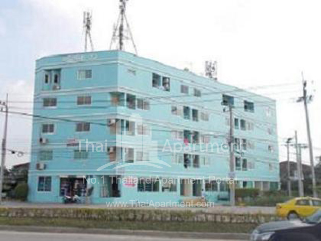 Crystal View Apartment image 1