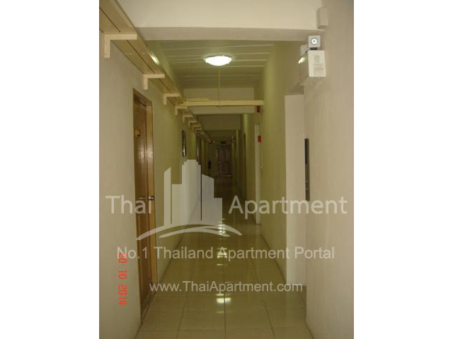 Crystal View Apartment image 6