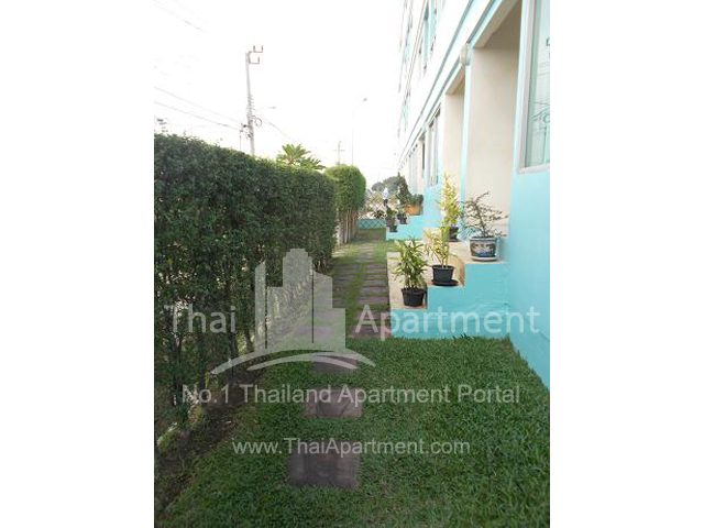 Crystal View Apartment image 7