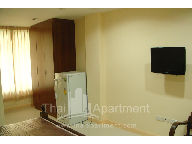 Mine Sasri Apartment image 14