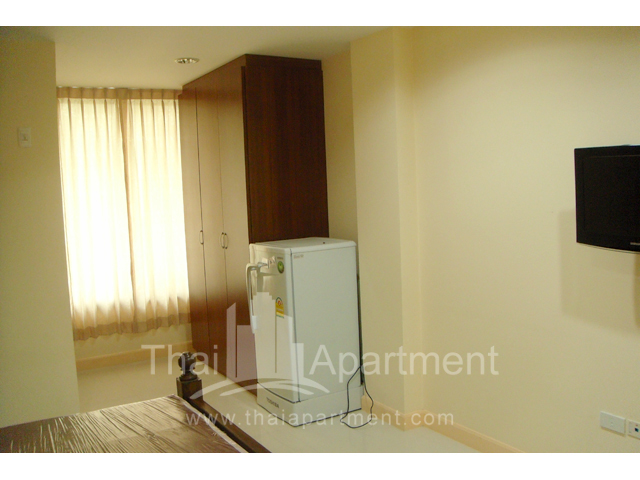 Mine Sasri Apartment image 18
