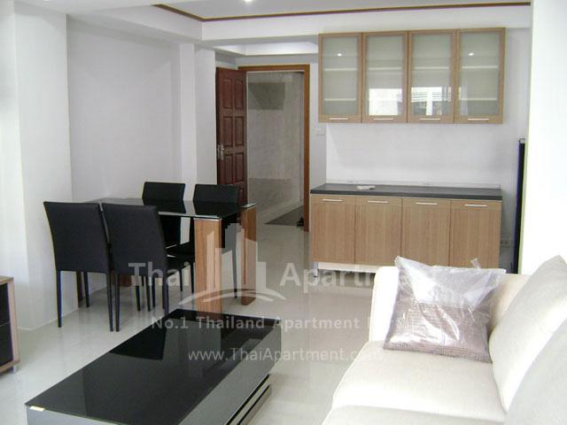ESCAP Apartment image 9