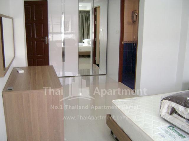 ESCAP Apartment image 18