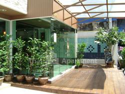 ESCAP Apartment image 3