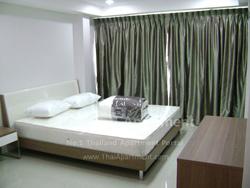 ESCAP Apartment image 17