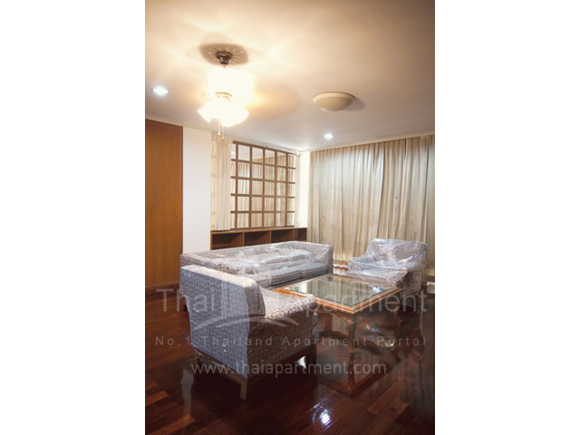 RJ Apartment (Rajanakarn Apartment) image 12