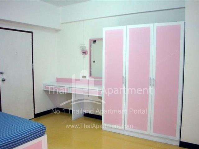Rongmuang Apartment  image 2
