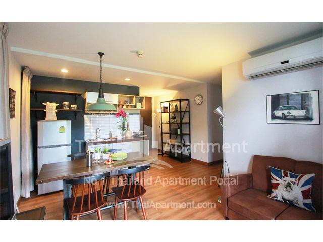Click Denim Apartment image 4