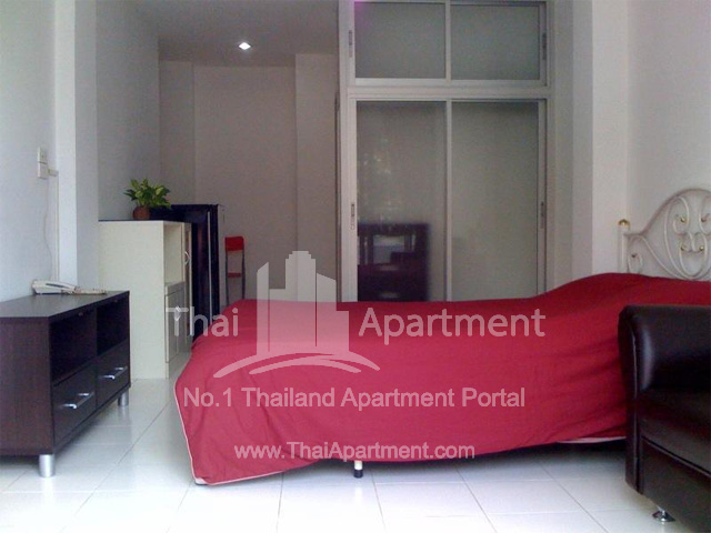 PJ House Apartment image 3